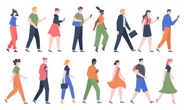 Gehende menschen. geschäftsleute und -frauen gehen seitenprofile, menschen in saison- und bürokleidung. junge und ältere, die stilvolle zeichenillustrationssatz bewegen