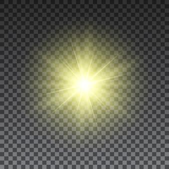 Gelbe sonnenstrahlen auf transparentem hintergrund. lichteffekt. .