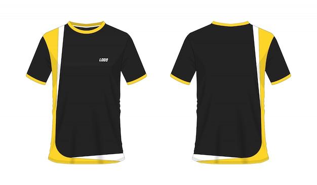 Gelbe und schwarze fußball- oder fußballschablone des t-shirts für mannschaftsverein auf weißem hintergrund.