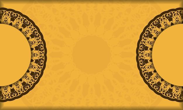 Gelber hintergrund mit griechischer brauner verzierung für design unter ihrem text