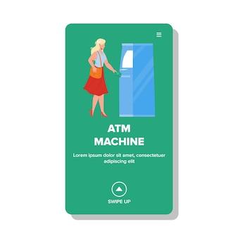 Geldautomat, der frau verwendet, um bargeld-vektor zu erhalten. atm-maschinen-elektronische bankausrüstung zum nehmen von geldscheinen und zur zahlung. charakter finanzdienstleistung web-flache cartoon-illustration