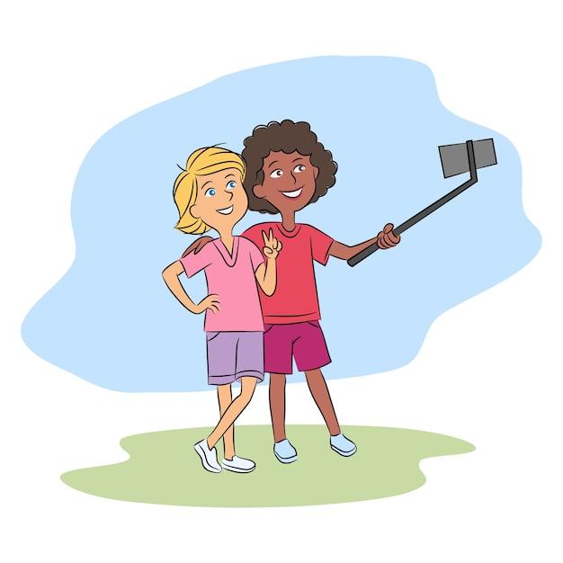 Gemischtrassige teenager-freunde, die selfie zusammen über smartphone auf selfiestick nehmen