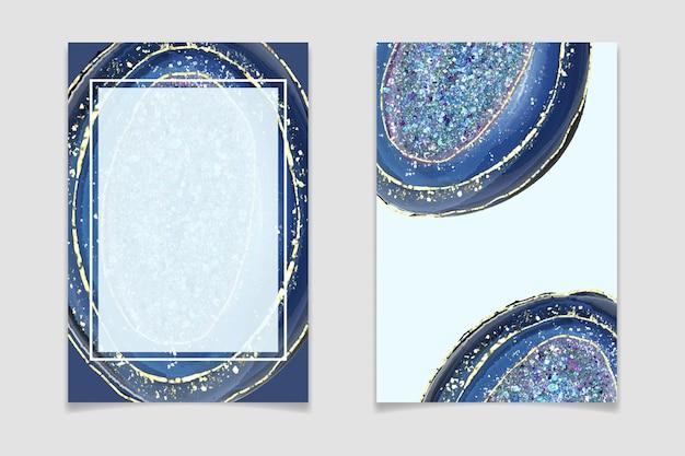 Geode-posterset aus blauem kristall mit glitzer und goldenen rissen