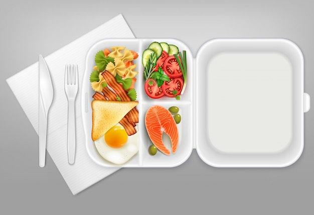 Geöffnete einweg-lunchbox mit realistischer zusammensetzungsillustration des weißen plastikgeschirrs der lachssalat-speck-eimessergabel