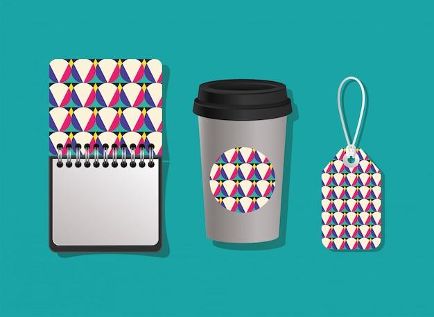 Geometrische abdeckung notebook kaffeetasse und etikett