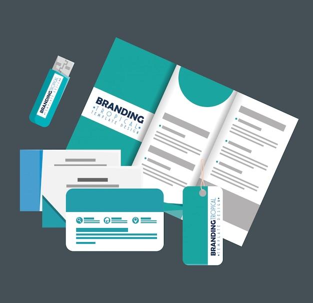 Geschäftsbroschüre mit karten und usb-speicher mit etikett
