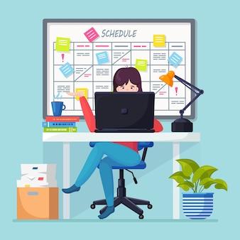 Geschäftsfrau, die am schreibtisch arbeitet planungsplan auf taskboard-konzept. planer, kalender auf whiteboard. liste der ereignisse für mitarbeiter. teamwork, zusammenarbeit, zeitmanagement.