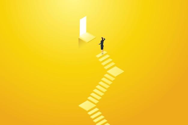 Geschäftsfrau, die auf der treppe steht und die tür nicht erreichen kann es ist ein hindernis in ihrer karriere