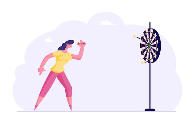 Geschäftsfrau, die darts zielt, um zu versuchen, in die mitte zu gelangen. geschäftsziele erreichen