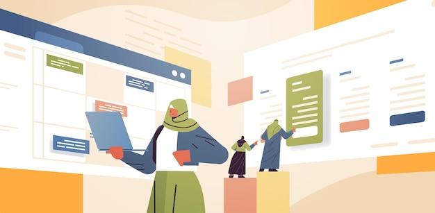 Geschäftsfrau, die den termin für die terminplanung in der online-kalender-app plant