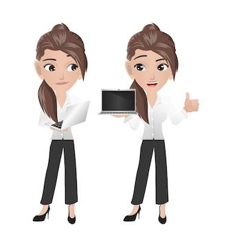 Geschäftsfrau, die laptop hält