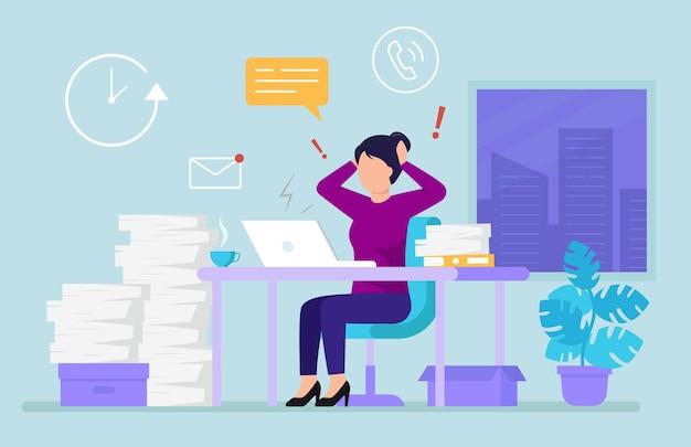 Geschäftsfrau im modernen büro, das mit arbeit überladen ist. uhr, fenster, blume