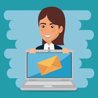 Geschäftsfrau mit e-mail-marketing-ikonen