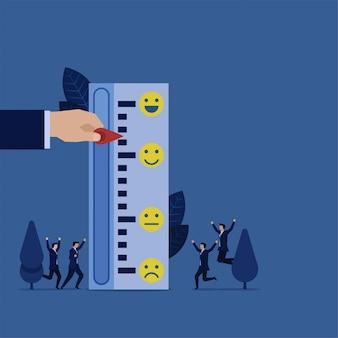 Geschäftshandzugindikator, zum des meterbewertungsberichts zu lächeln.