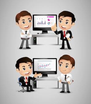Geschäftsleute diskutieren strategie am schreibtisch