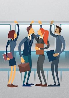 Geschäftsleute gruppieren in der stadt-öffentlichen transport-ebene