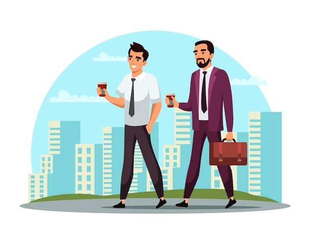 Geschäftsleute trinken kaffee während des gehens in der straße