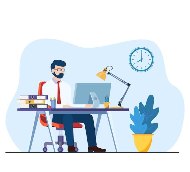 Geschäftsmann, der am schreibtisch sitzt und am computer im büro arbeitet.