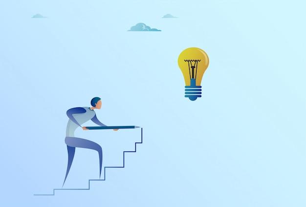 Geschäftsmann, der auf treppe bis zur neuen idee der glühlampe für startkonzept zeichnet
