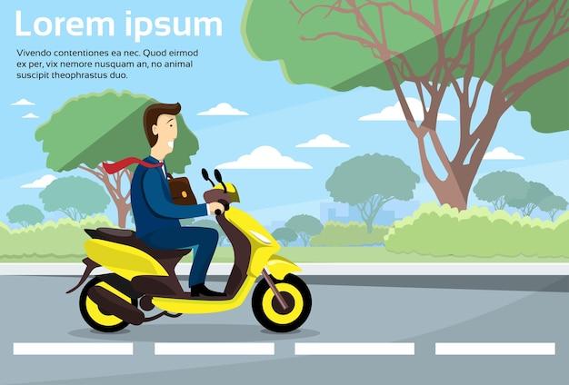 Geschäftsmann-fahrmotorrad-elektrischer roller-kopien-raum