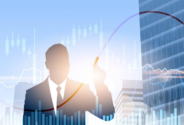 Geschäftsmann financial graph banking-geschäftsfahnen-finanzeinsparungens-schattenbild-stadt-hintergrund