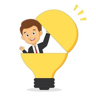 Geschäftsmann in einer glühbirne mit idee