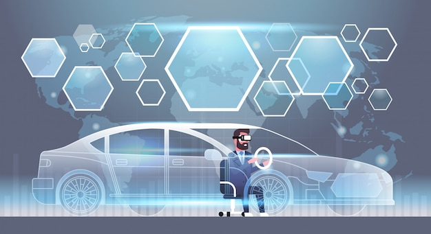 Geschäftsmann in vr-kopfhörer, der virtuelles auto-innovations-sichttechnologie-wirklichkeits-glas-konzept fährt