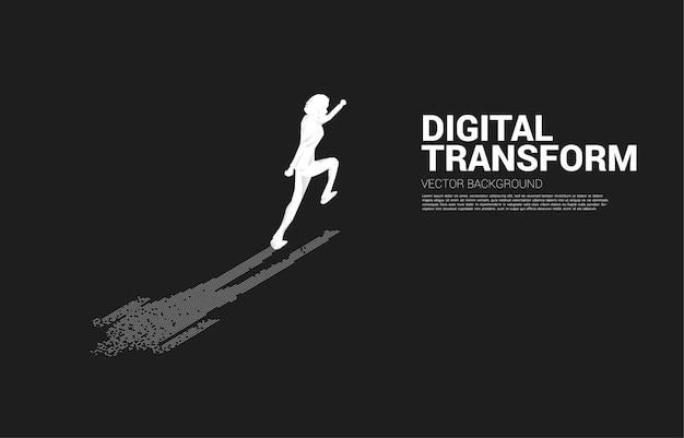 Geschäftsmann mit schatten vom digitalen punktpixel. geschäftskonzept der digitalen transformation und des digitalen fußabdrucks.