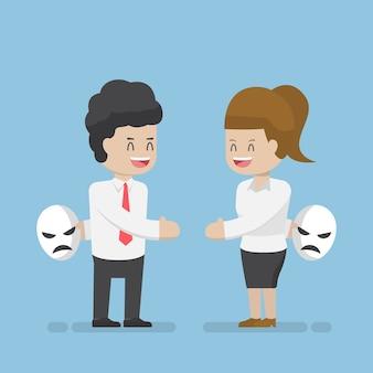 Geschäftsmann und geschäftsfrau sprechen und verstecken masken der wirklichen emotion. geschäftsbetrug und unaufrichtiges partnerkonzept.