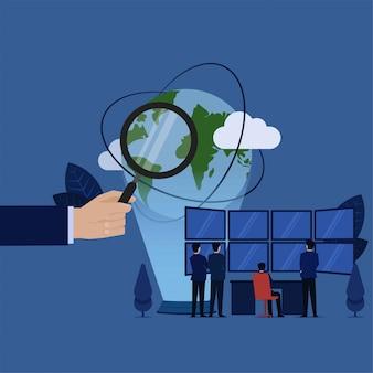 Geschäftsteam analysieren daten um welt auf großem leerem bildschirm.