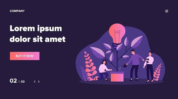 Geschäftsteam, das innovationspflanze wässert, wachsenden baum mit glühbirne. menschen, die eine idee für ökologische zukunft, umwelt und elektrizität haben. illustration für teamarbeit, wirtschaftlichkeit, klimakonzept