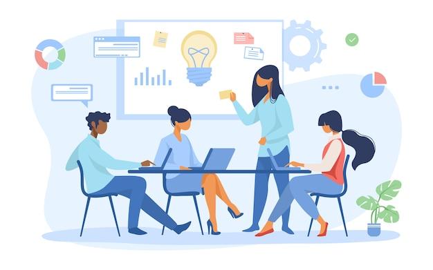 Geschäftsteam diskutiert ideen für den start