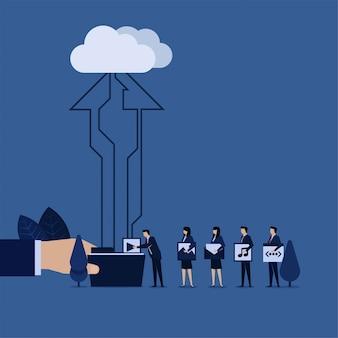 Geschäftsteam setzte inhaltswebsite zum ordner-upload auf wolke.