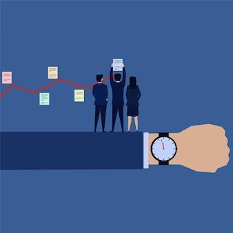 Geschäftsteam setzte taskzeitplan mit zeit