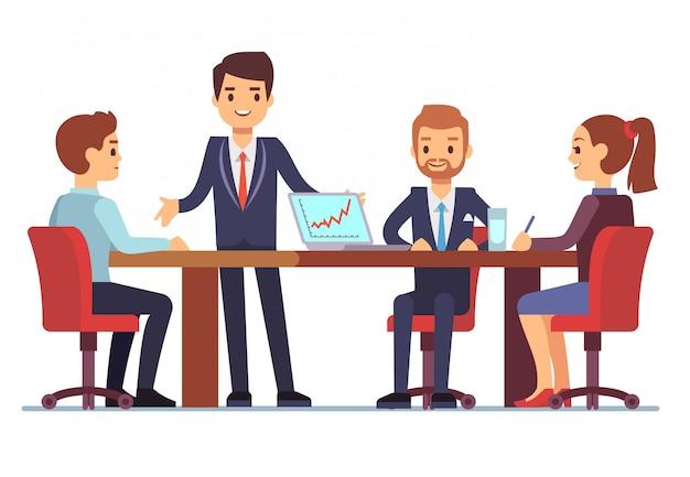 Geschäftstreffen im büro am konferenztisch mit sprechenden geschäftsmännern und geschäftsfrauen