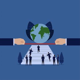 Geschäftswettbewerb laufen auf treppe zur weltkugelmetapher, um globalen erfolg zu erzielen.