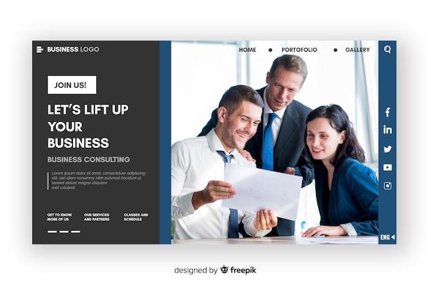 Geschäftszielseite mit gruppenfoto
