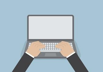 Geschäftsmann Hand auf Laptoptastatur