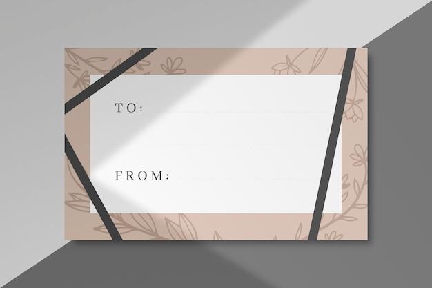 Geschenketikett mit zu und von räumen