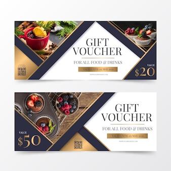 Geschenkgutscheinvorlage mit foto von speisen und getränken