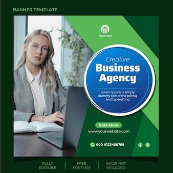 Gestaltung von social-media-beiträgen einer agentur für digitales marketing