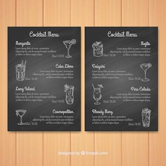 Gezeichnete art der cocktailmenü-schablone in der hand