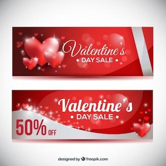 Glänzende herzen bieten gutscheine für den valentinstag