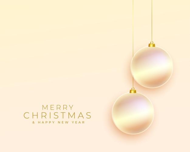 Glänzender fröhlicher weihnachtsgruß mit kugeldekoration