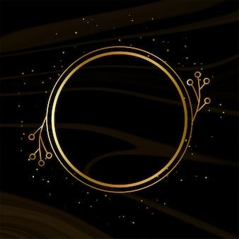 Glänzender goldener rahmen mit scheinen