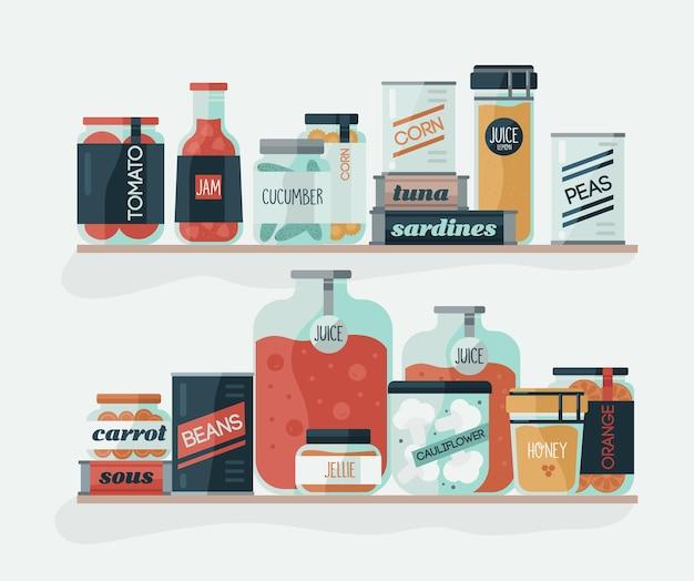 Gläser und dosen mit eingelegtem gemüse in den regalen