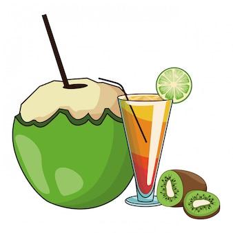 Glas- und kokosnusscocktail und -kiwi
