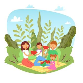 Glückliche familie mit kindern auf picknick mit wassermelone in der natur, wochenende mit familienvater, mutter und kindern, die zusammen fruchtkarikaturillustration essen.