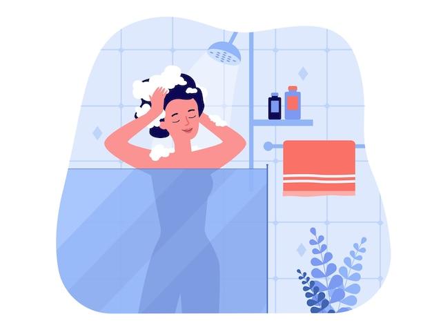 Glückliche frau, die duschbad nimmt, innerhalb der glaseinheit steht, kopf wäscht und lächelt. illustration für hygiene, badezimmer interieur, zuhause, morgen routine konzepte
