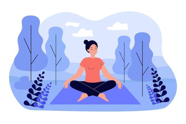 Glückliche frau, die im lotussitz auf der flachen illustration der natur sitzt